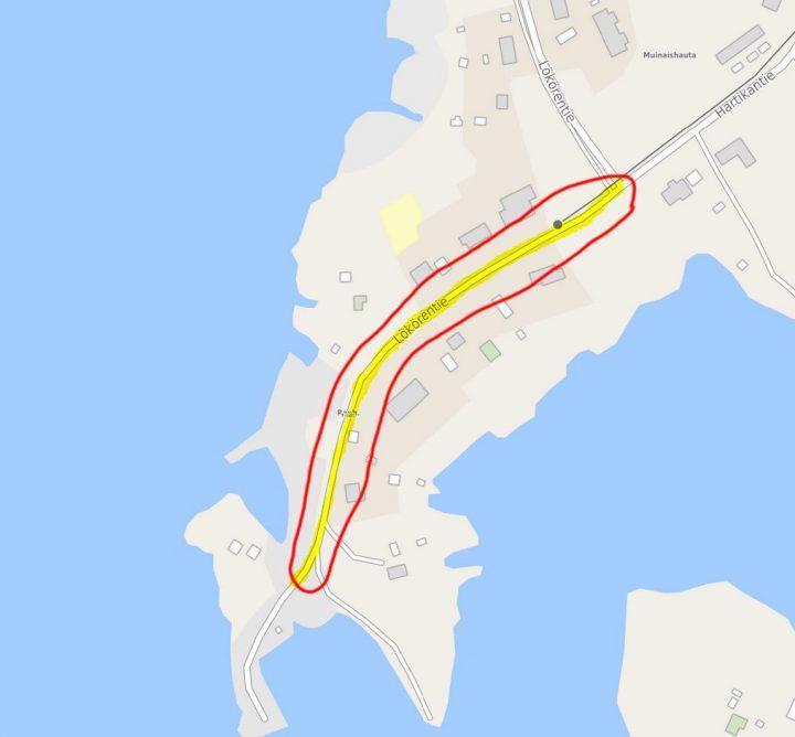 Kartalla esitettynä hankealue, joka ulottuu Lökörentien ja Hartikantien risteyksestä Lökörentietä rantaan.
